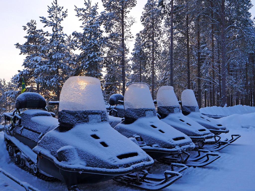 Тур на снегоходах в Карелии - северный прорыв