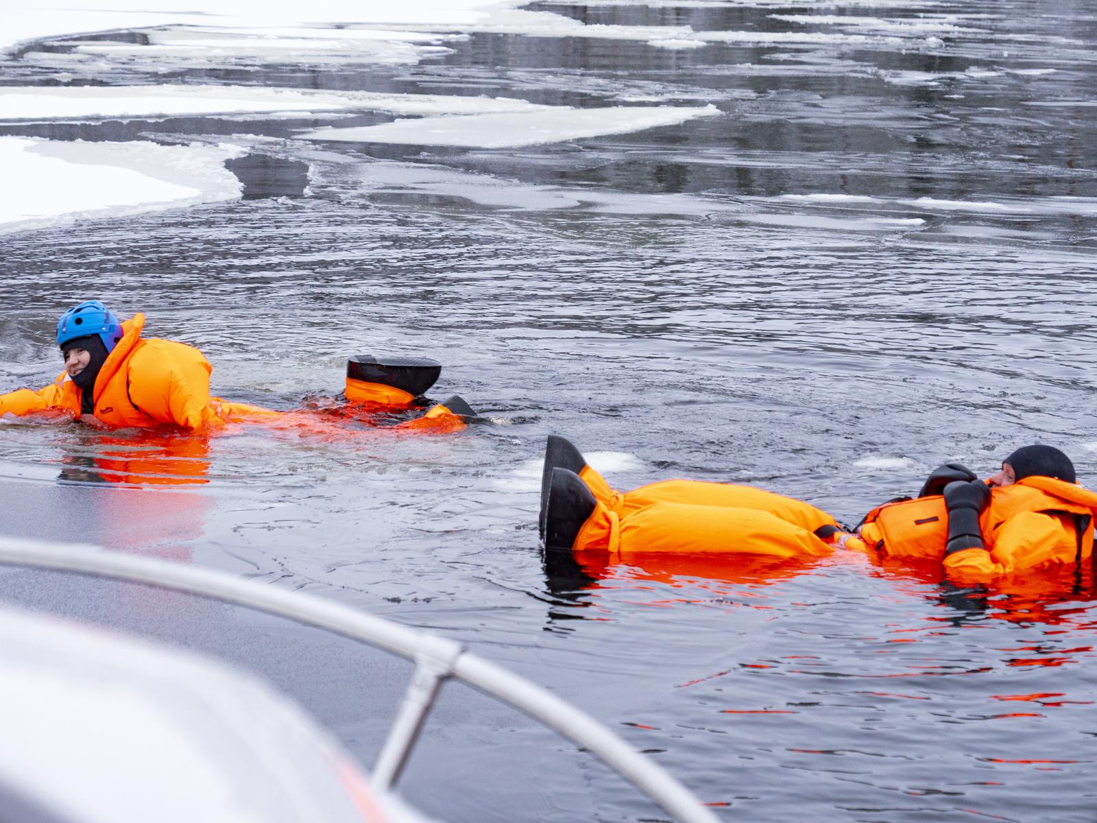 Акванавты и флоатинг во льдах Северной Карелии