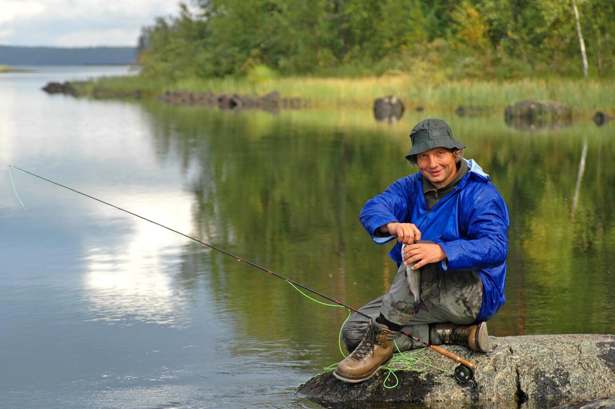 Рыбалка в Северной Карелии летом и осенью